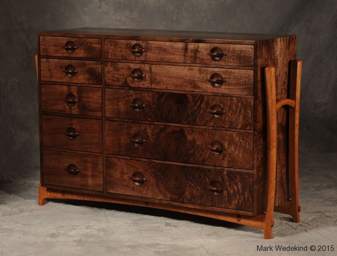 Dovetailed buffet